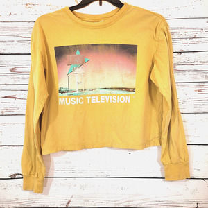 Music Television Women's Cropped Long Sleeve Shirt